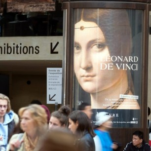 Bruno Levesque / IP3 Paris France le 07 Octobre 2019 Illustration Musee du Louvre.Affiche pour annoncer l'exposition de Leonard de Vinci.Louvre Museum. Poster to announce the exhibition of Leonardo da Vinci on October 07 2019 (MaxPPP TagID: maxpeoplefrfour590654.jpg) [Photo via MaxPPP]